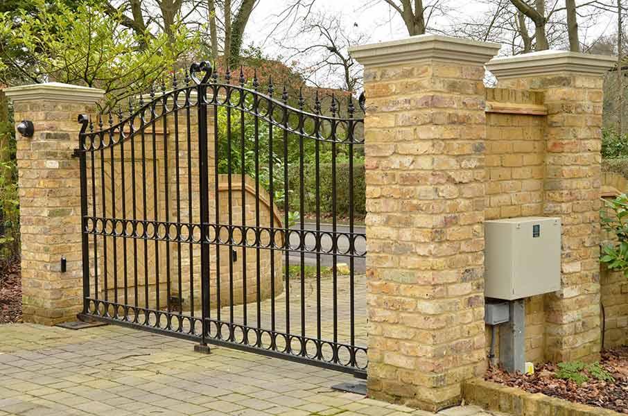 automated hinge swing gates
